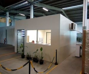 Sala acústica construída dentro da fabrica: